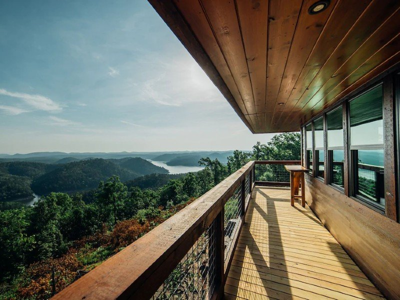 An amazing fire tower with 360 Degree Panoramic Views Of Kiamichi Mtns & Lake