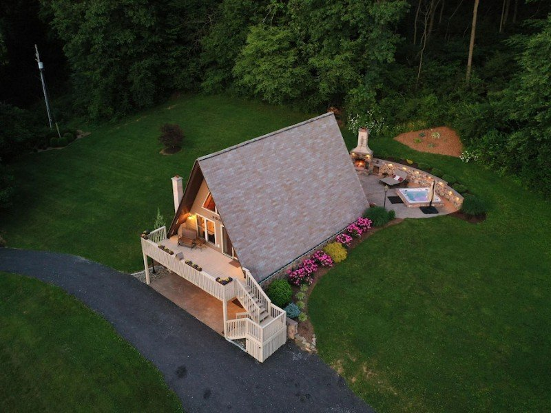 10 Private Wooded Acres on Texter Mountain with Hot Tub - Robesonia, Pennsylvania