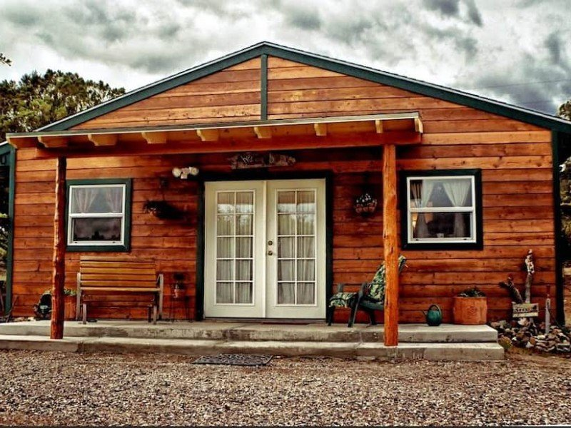 Front of Cozy Cabin