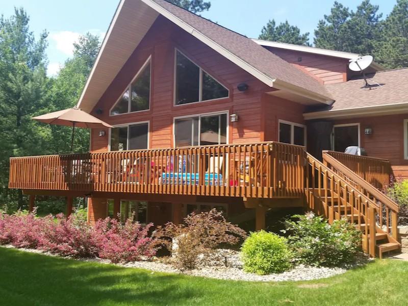 Family Home Near Castle Rock Lake & Wisconsin Dells