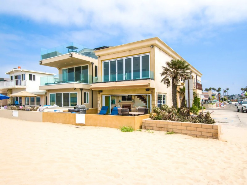 View from the sand - Four-Bedroom, Four Bathroom House