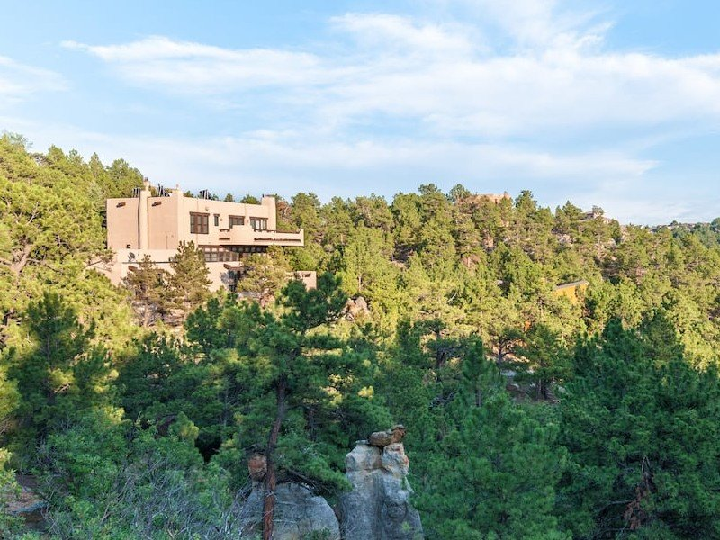 Hidden Gem with Heated Pool & Gorgeous Views