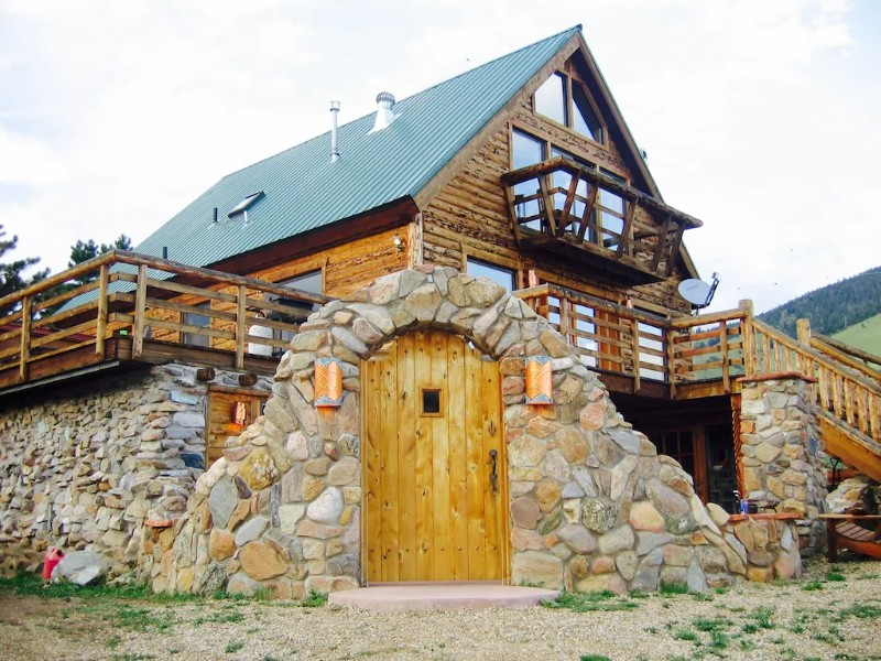 Entrance of Large and Beautiful Mountain Cabin near Angel Fire and Red River