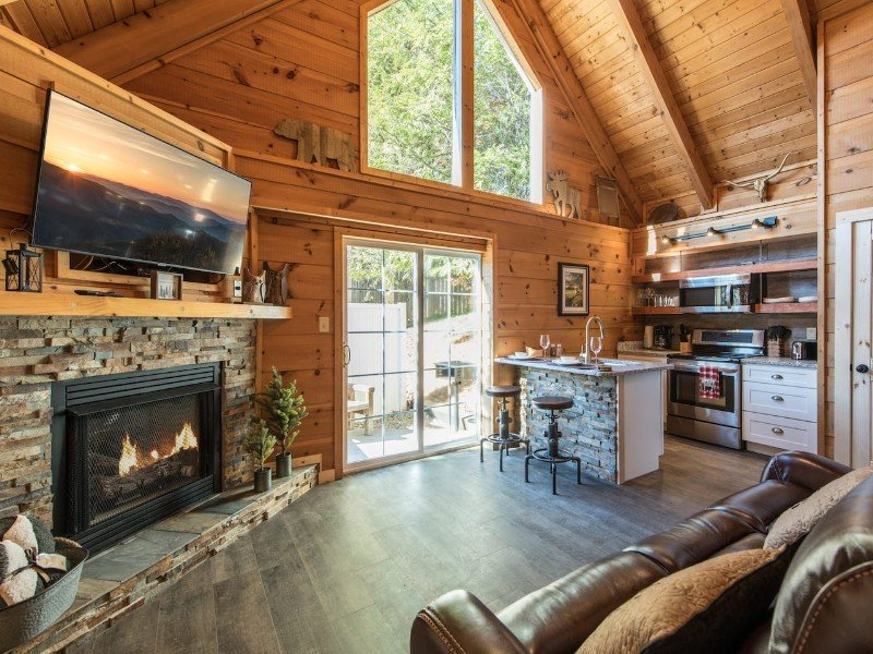 Newly Renovated Cabin