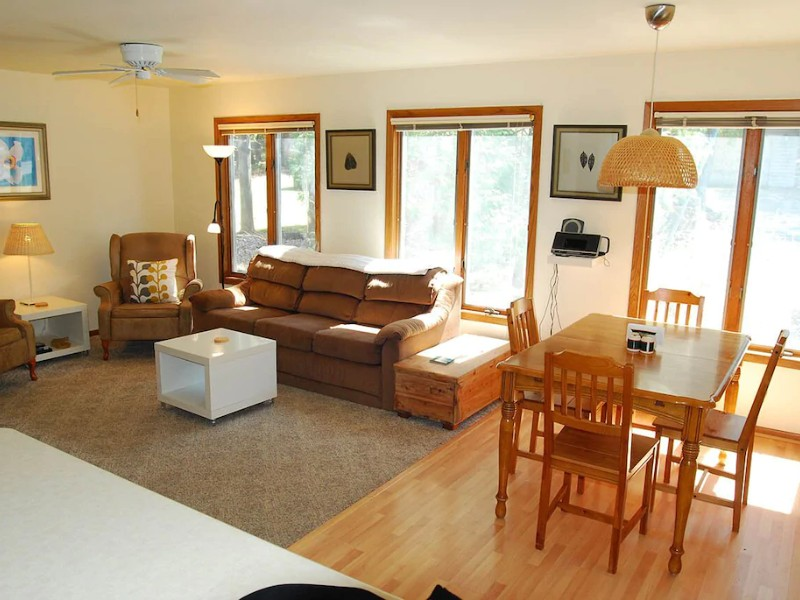 Interior Space at Prime Location & Highly Rated Cottage with 'Perks'