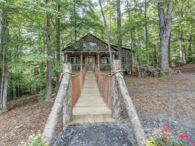 Treehouse on the Farm