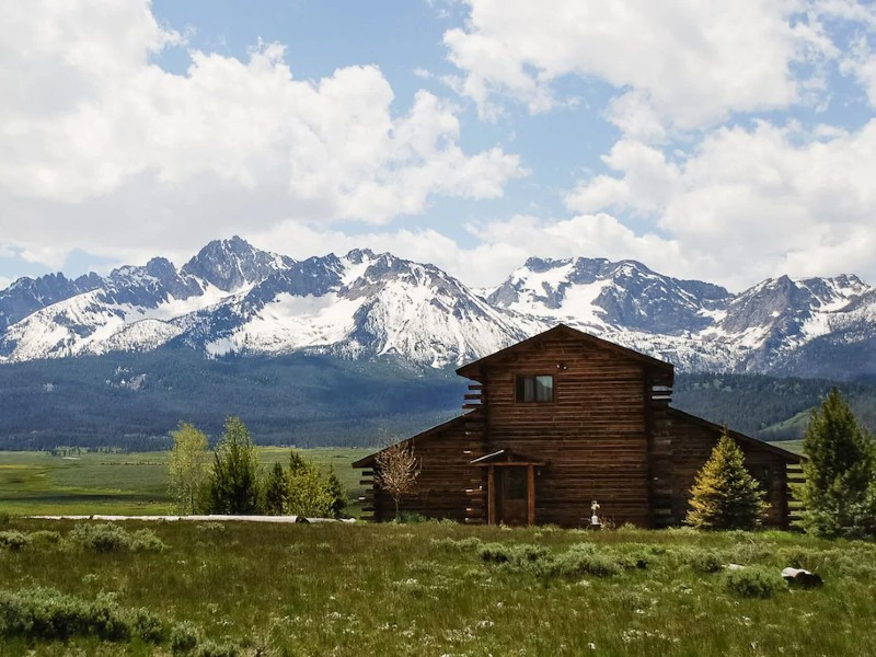 Mountain View Home - Spectacular Sawtooth Mountain Views