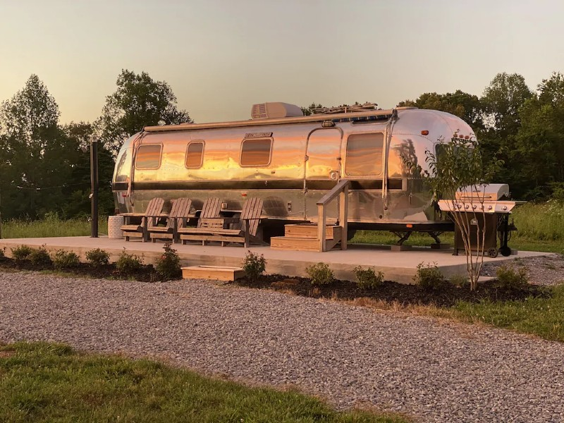 Renovated Airstream on 40 Park-like Acres in Dickson, TN, 45 Min. from Nashville