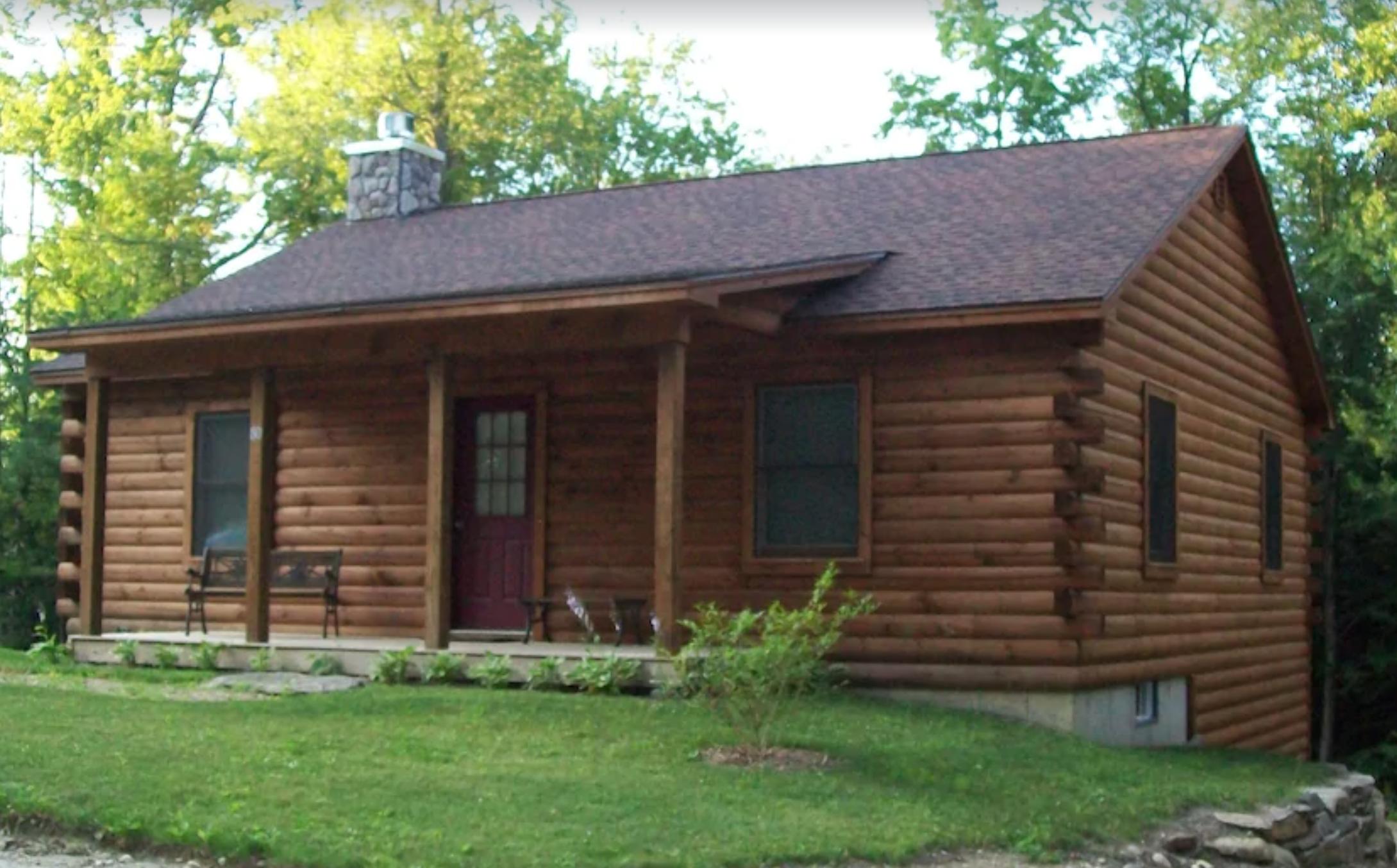 Ashemere Lake Log Cabin