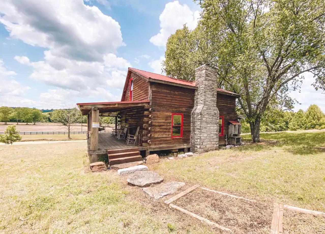 Cozy Cabin Near Historic Franklin