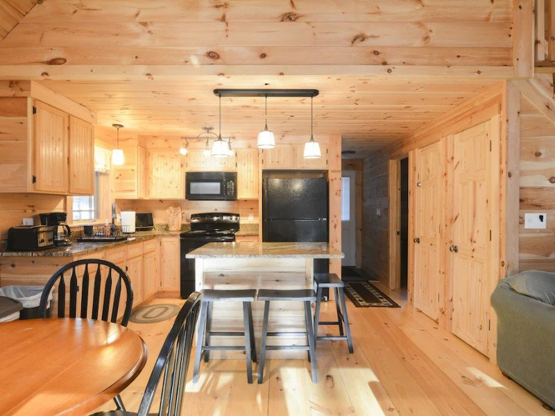 Interior of Family-Friendly Rustic Newly Renovated Cabin