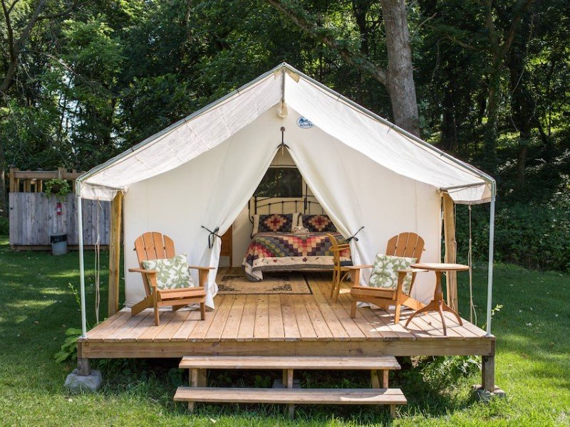 Front of Lazy Oaks Glamping for 2
