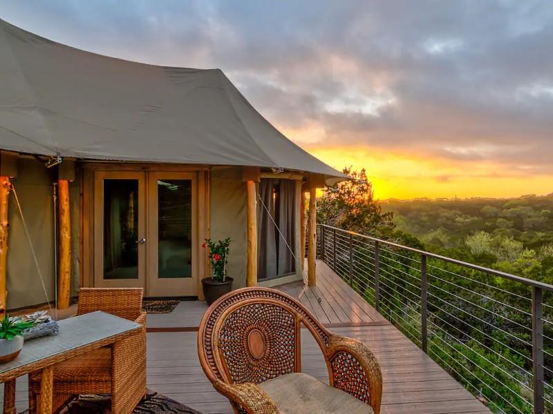Ndotto, Resort Glamping at FireSong Ranch