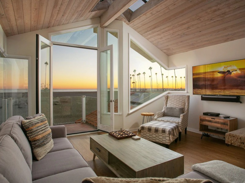 Ocean Front Duplex with Private Rooftop Deck