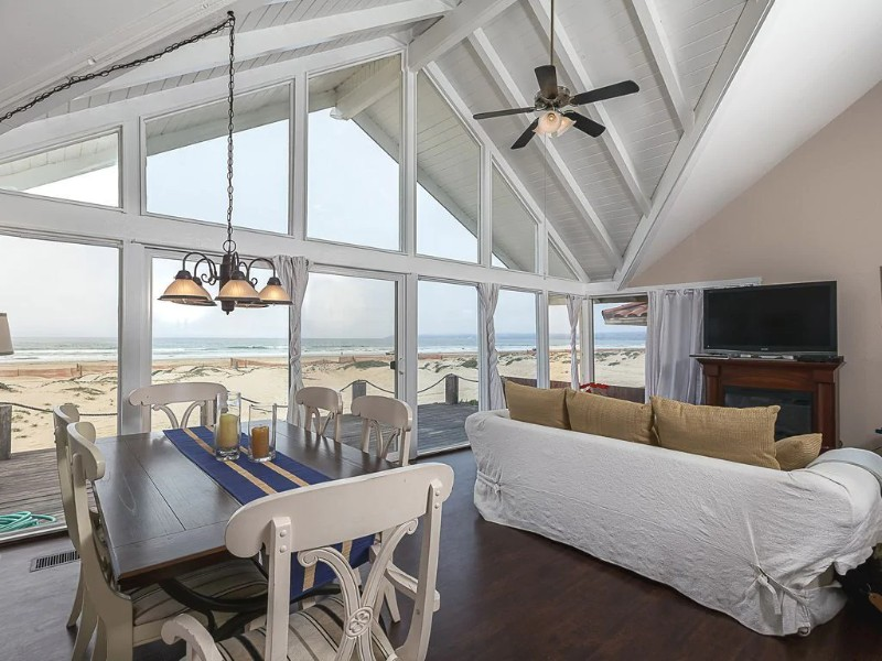 Interior of Oceanfront 3BD 3BA Beach House w Private GuestHouse