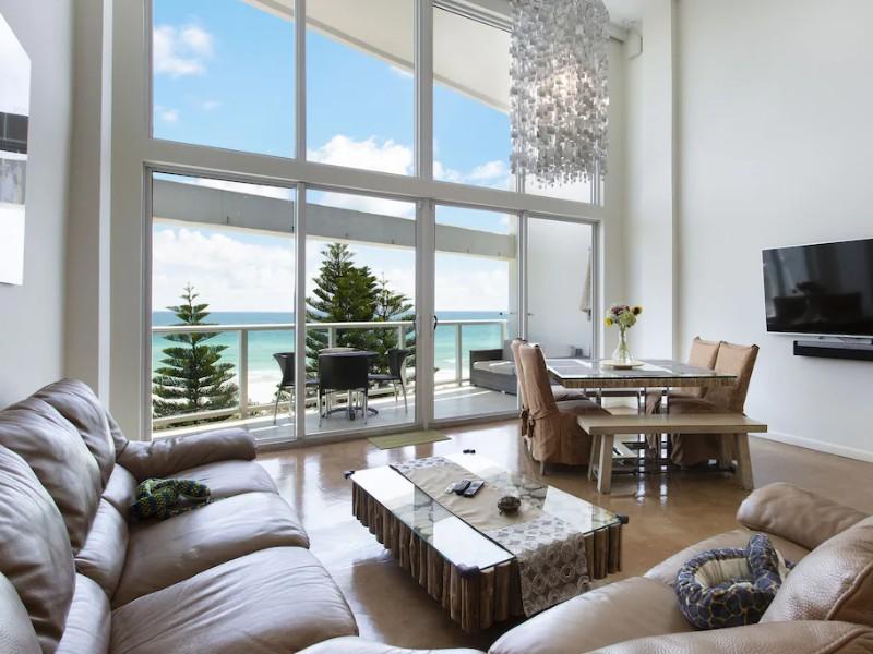 Oceanfront Miami Beach Suite