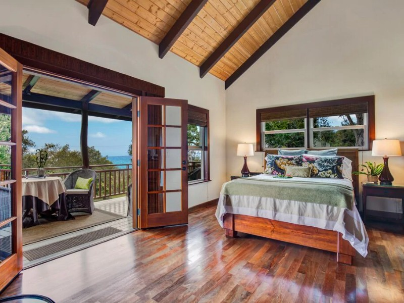 Romantic Cabin on Slope of Hualalai