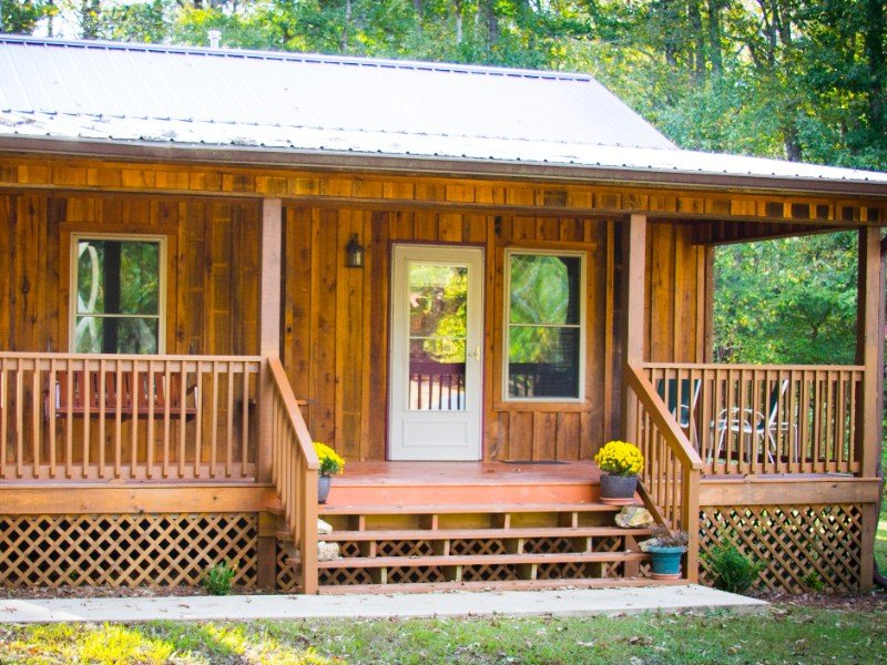 The Cabin at Dry Hollow Farm